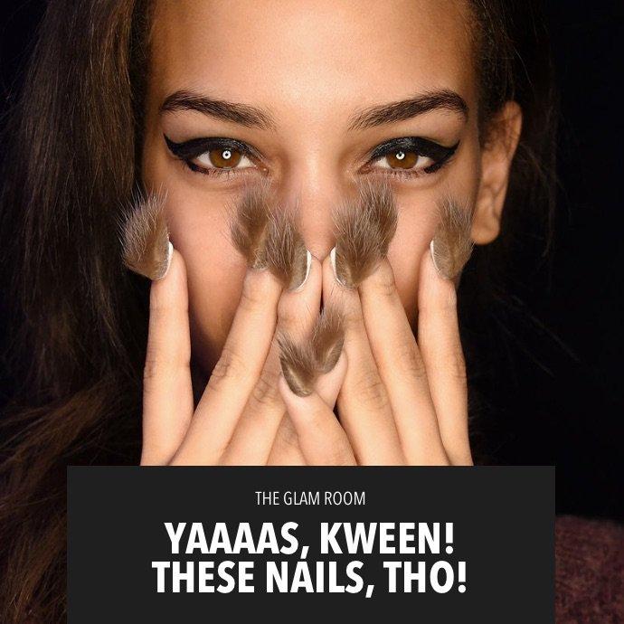 The nail game at Paris Fashion Week was LIT!!! Nail inspo on khloewithak! https://t.co/Vw2KluTsMP https://t.co/XwejXzXkJr