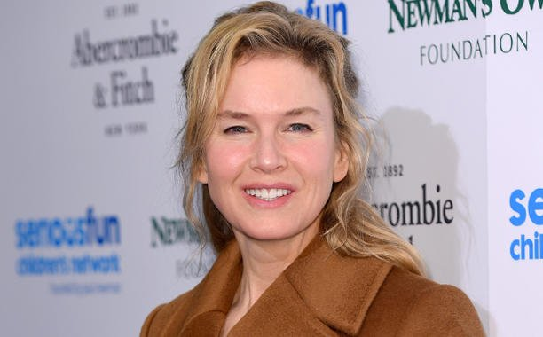 Renee Zellweger says she ignores chatter about her appearance: