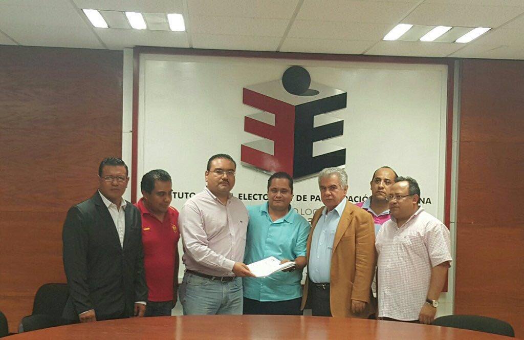 #Flash Registra Encuentro Social a @alejandromurat como candidato a gobernador de #Oaxaca, vía candidatura común https://t.co/1r2Pbm0CYm