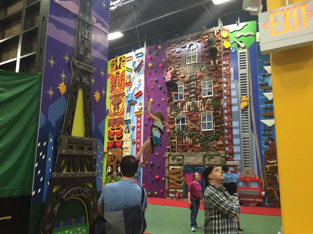 This place is like Willy Wonka's Climbing Gym. Whoever thought of it is genius. https://t.co/kWYTeMyRgR