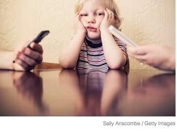 Parents need to look away from their cell phones and engage with their young children https://t.co/7d3coLUx0d #ece https://t.co/nYInU4TGZ0
