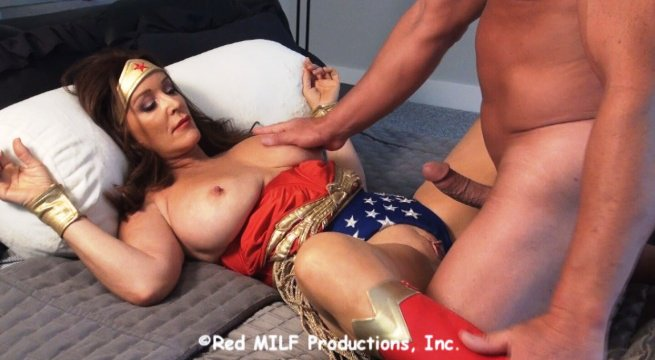 4 pic. Classic Wunder Woman, The Finer Art of Crime - HD #SUPERHEROINES #clips4sale m17bHr8Mbi