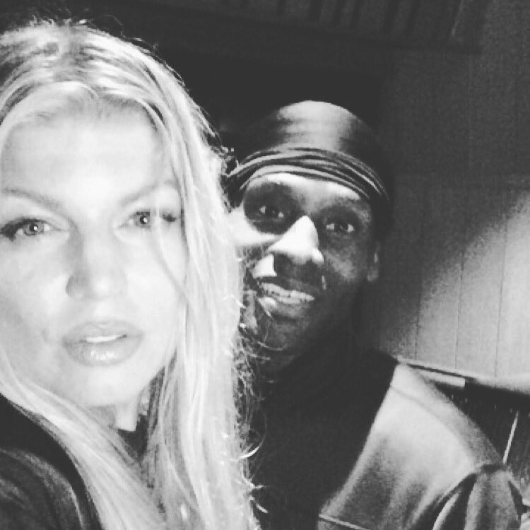 Studio session last night with the fam @fergie the #dutchess #Donamatrix it's about to drop! https://t.co/QVSQHFQji5