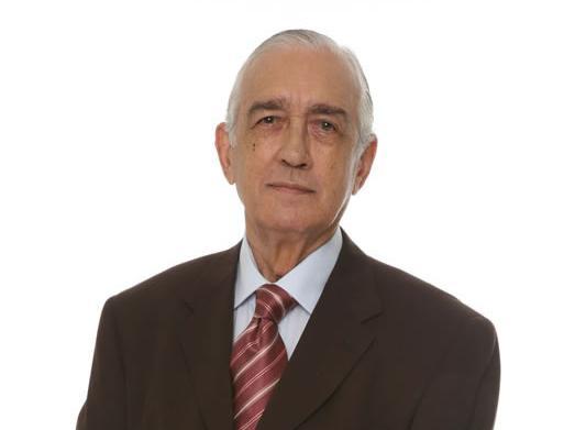Lamentamos el fallecimiento del primer actor Carlos Márquez, gran figura de nuestro teatro, cine y televisión #QEPD https://t.co/BUW0CcUqdS