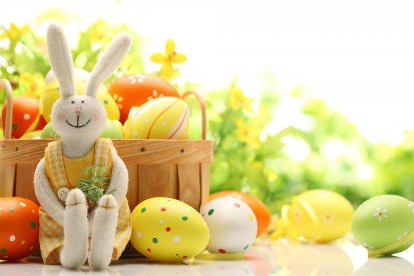 Всех католиков и протестантов поздравляем со светлым праздником пасхи!  Мира, добра и любви вам и вашему дому! https://t.co/qnVT7yNpce