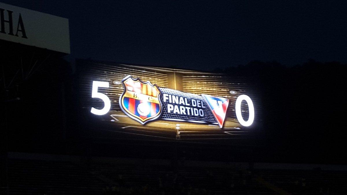 Prohibido olvidar. Cada vez que Barcelona golea 5 a 0 a un equipo cagón en el monumental, queda campeón. https://t.co/Uz7yYLNj9x