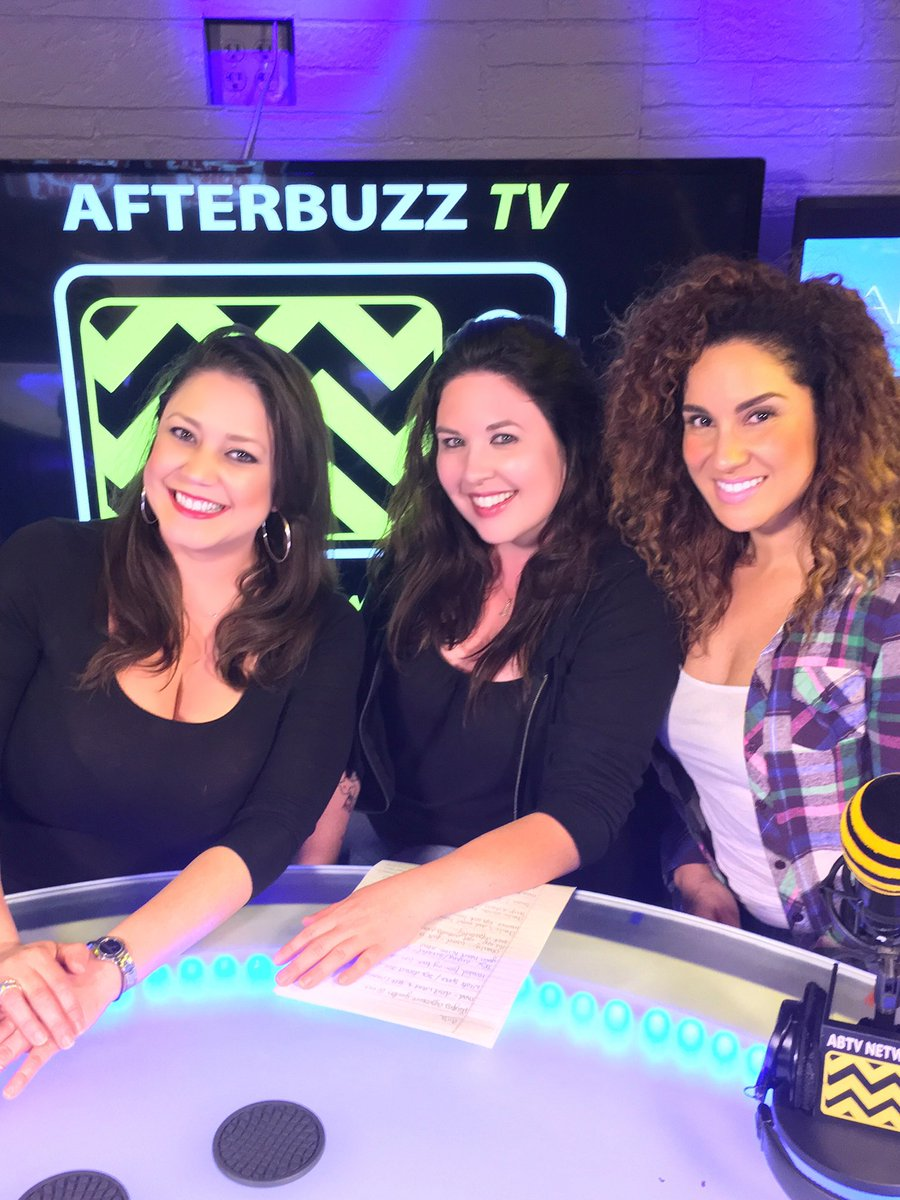 Back at it with my A Team ladies @afterbuzztv @kellieo79 @spicymari for the #GIRLS after show.