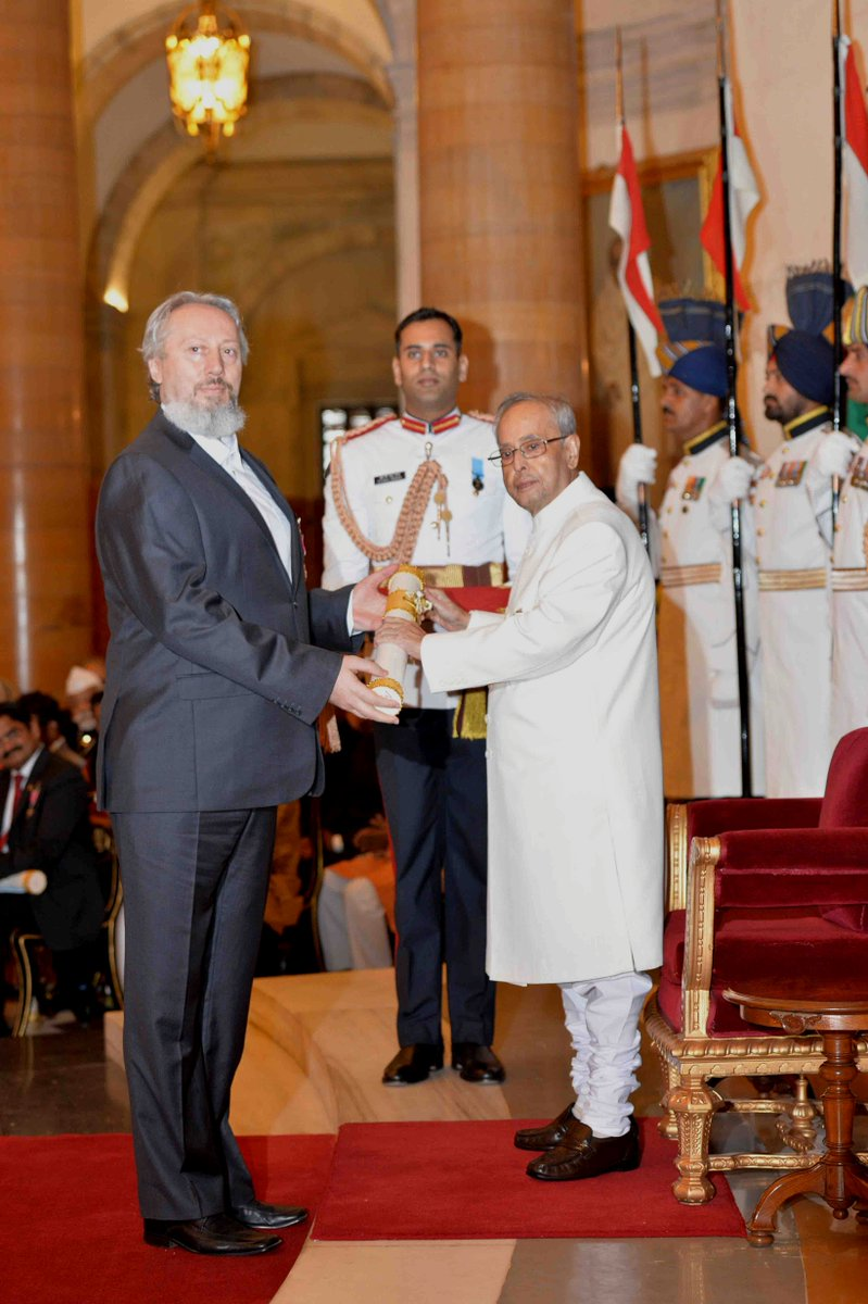 #PresidentMukherjee conferred Padma Shri on Yoga teacher & founder of Yoga Federation of Serbia Prof Predrag K Nikic