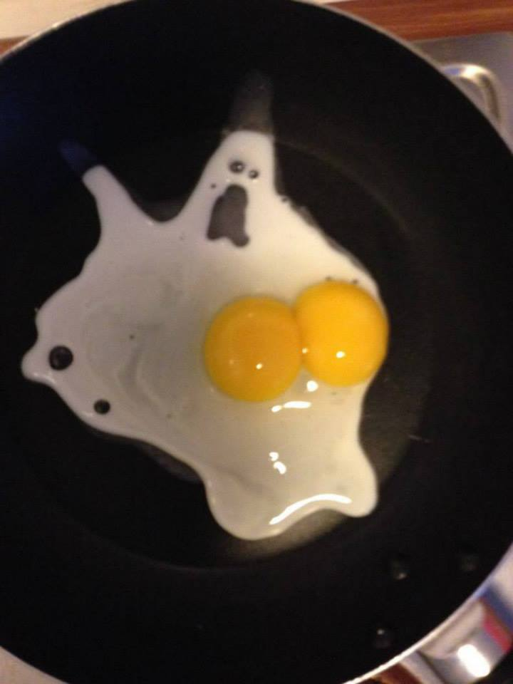 """Just found this, entitled """"ghost egg scared of its own tits"""" so I'm done with today https://t.co/FLDeFb9q2F"""
