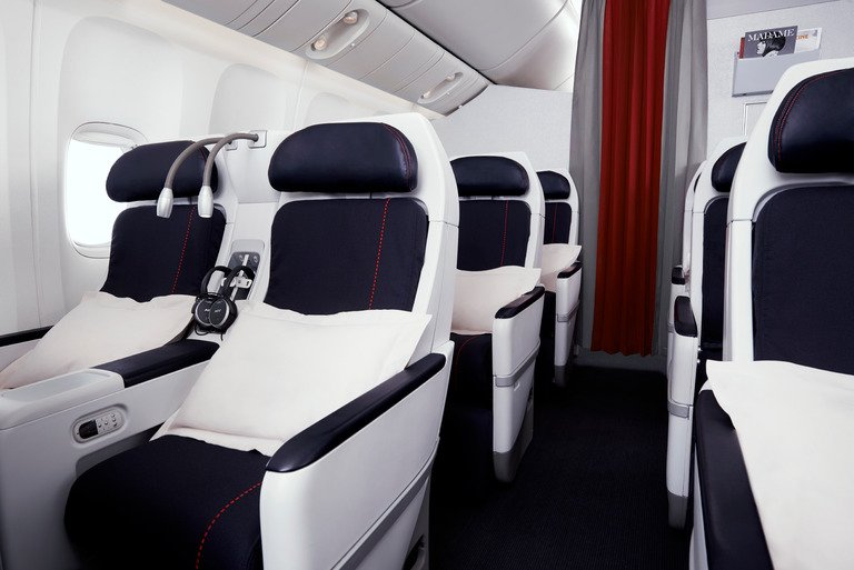 New La Première, Business, Premium Economy & Economy cabins on Houston-Paris flights!