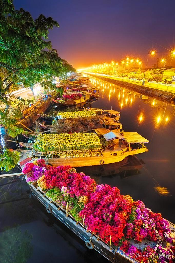 Ships at Saigon flower market at Tet #Vietnam | Photography by ©Frank Fischbach https://t.co/88W8clB722