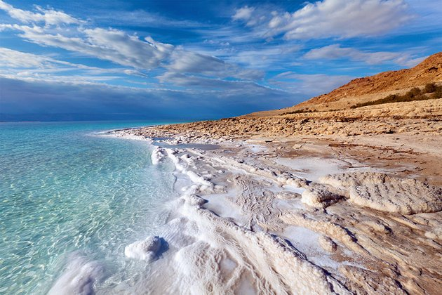 RT @ELALUSA: Visiting DeadSea? Here Top 10 must-see attractions while you're there: