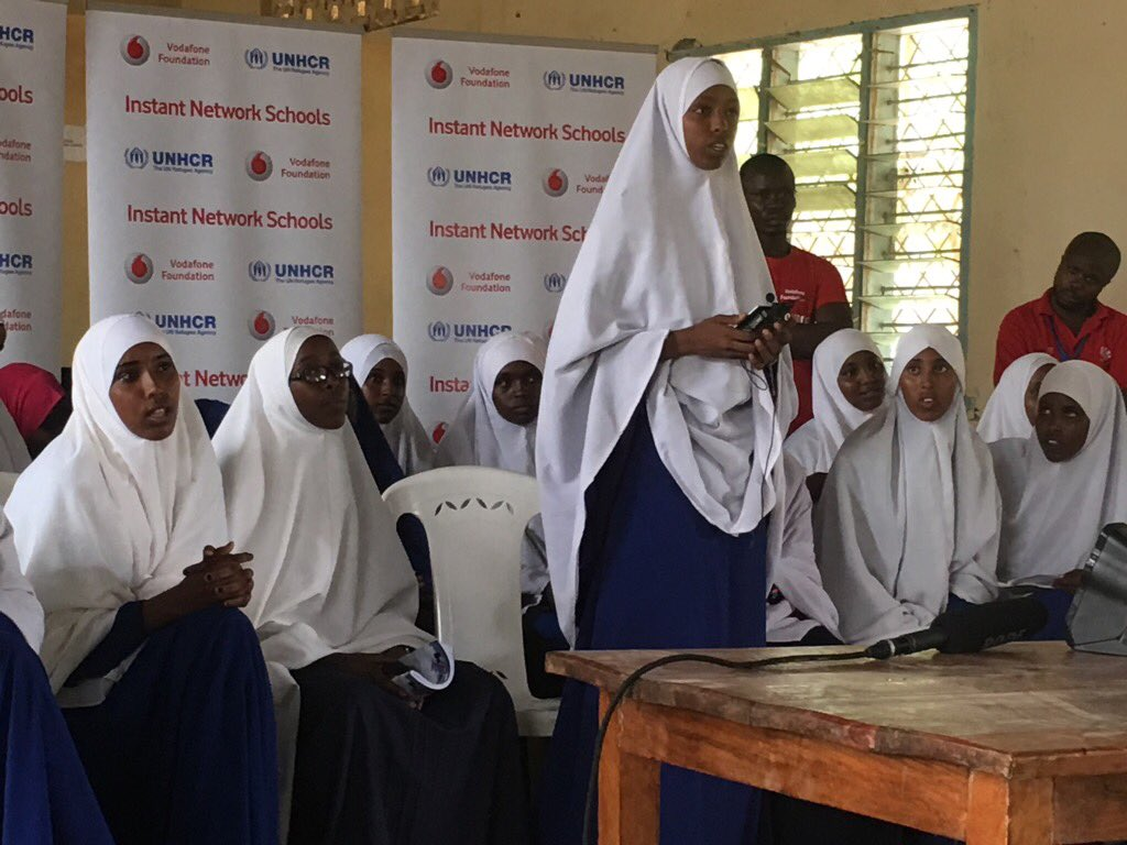 Female refugee students in dadaab share dreams of becoming lawyers, judges, drs w/@MalalaFund #instantnetworkschools https://t.co/YQuOGyKjzT