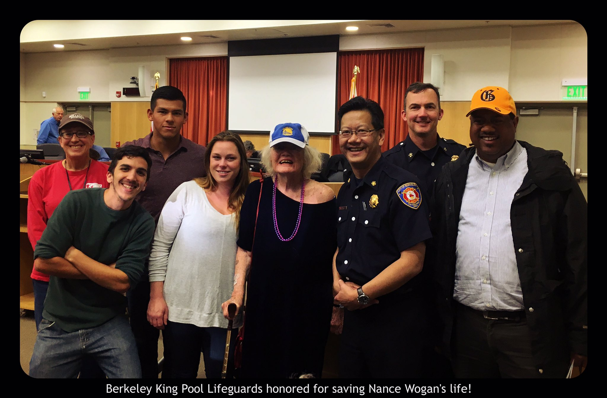 Berkeley City Council awarded King Pool staff for saving my mother's life #AED on 12/11/15 !#aquamates #Berkeley https://t.co/MgECqLbOre