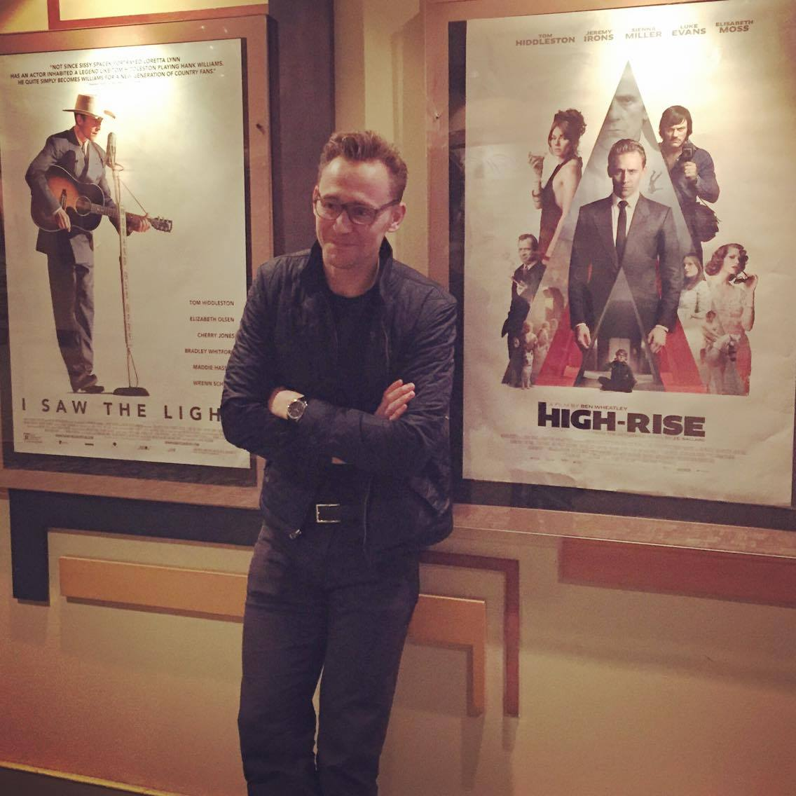 Look who stopped by last night! The one and only @twhiddleston! https://t.co/WRm6qg74z3