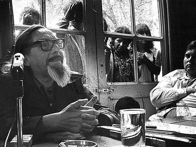 """""""Estoy escribiendo y esa es mi manera de llorar."""" —José Revueltas, a 40 años de su muerte https://t.co/tNoywO4YTI"""