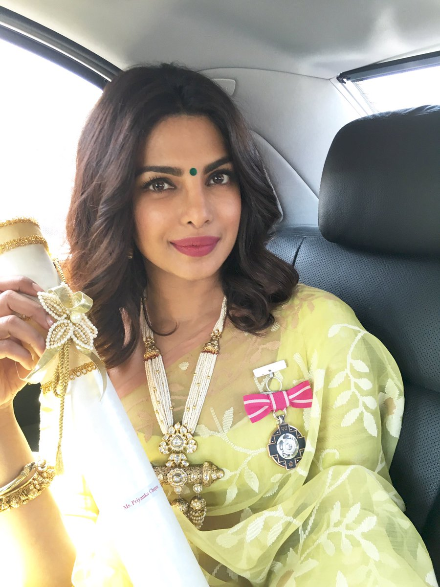 Ladies and gentlemen... Presenting #PadmaShriPriyankaChopra! Super proud of all your achievements @priyankachopra https://t.co/mU6kby4xhi