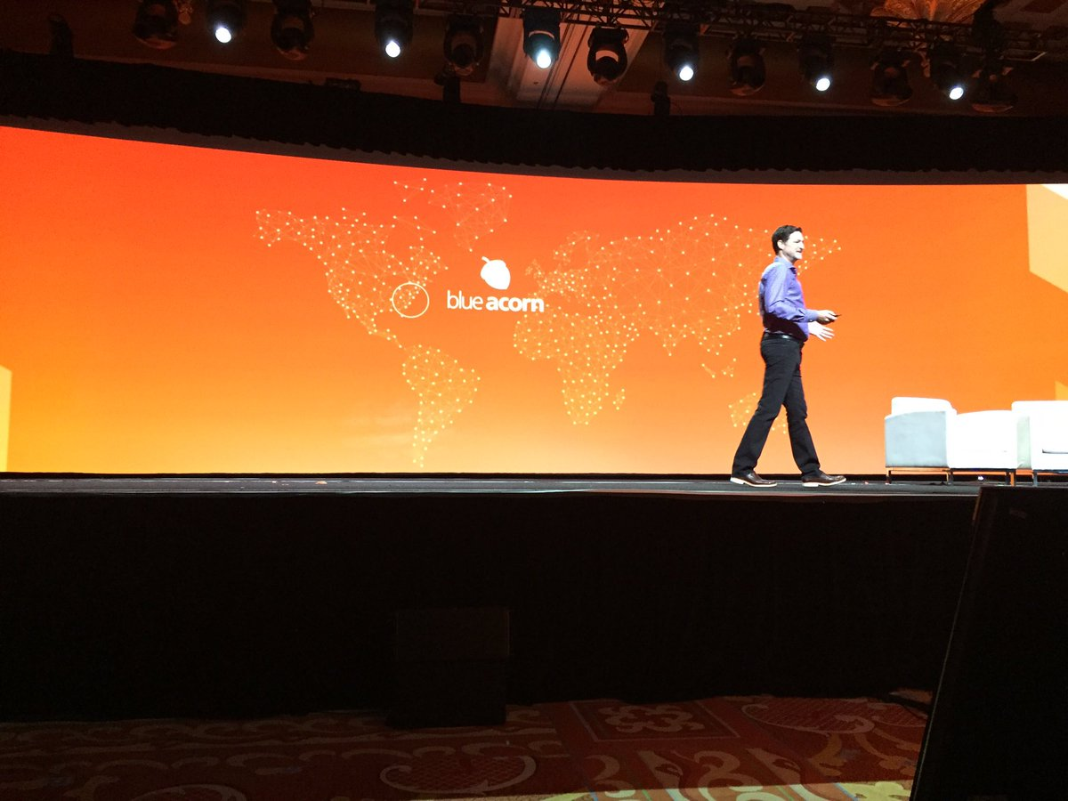 ProductPaul: Hearing the Blue Acorn origin story. Love the history. @blueacorn #MagentoImagine https://t.co/ktcNz2OaoE