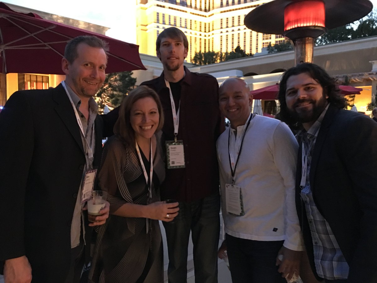 HumanElementA2: Met up with our friends from @PentairAES at #MagentoImagine last night. Lots of exciting things happening! https://t.co/5jfdEXsVgq