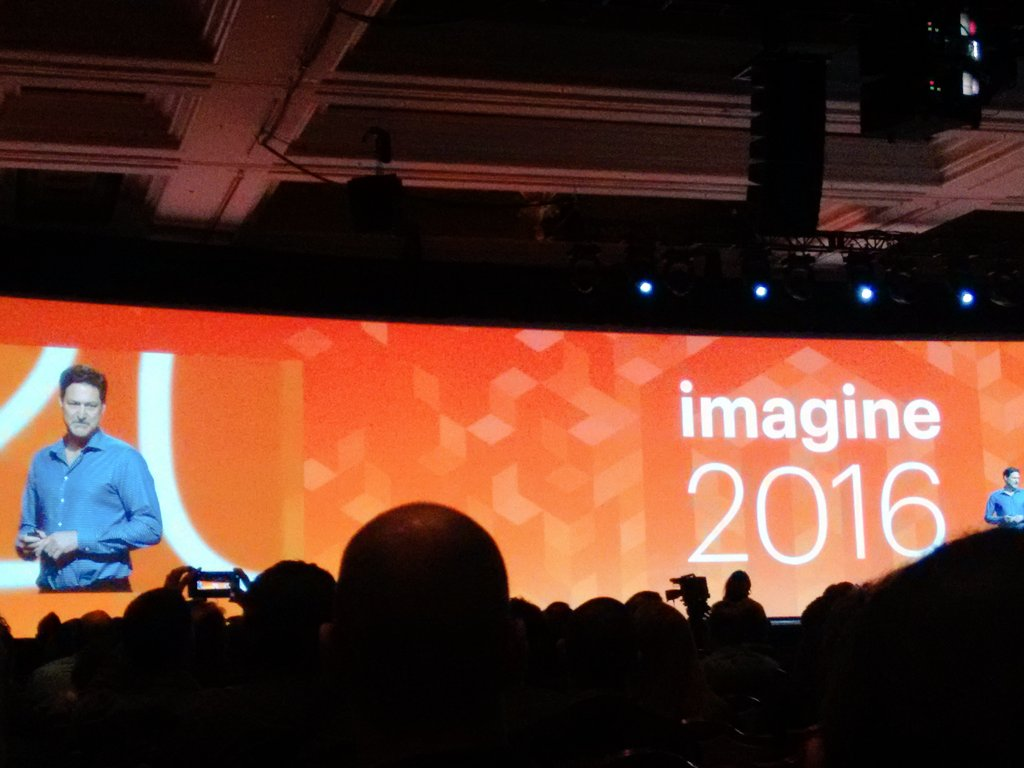 agrawal_ankit: Wonderful Keynote!! Builds community confidence! #MagentoImagine #Imagine2016 https://t.co/2pnAl9nGI0