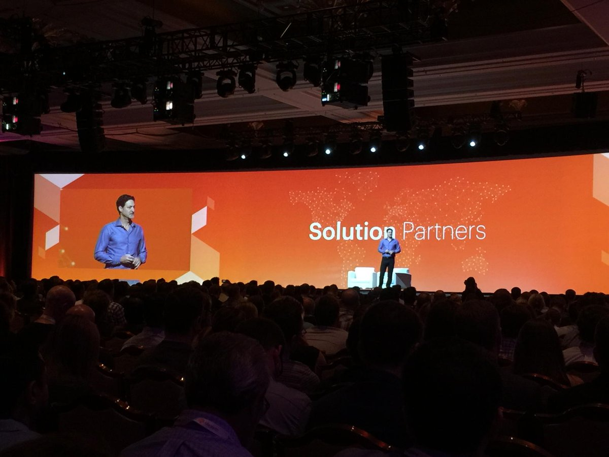 art_boyd: @vaimoglobal and @blueacorn  Thanks for being TRAILBLAZERS! #MagentoImagine https://t.co/CVYQ90tMQH