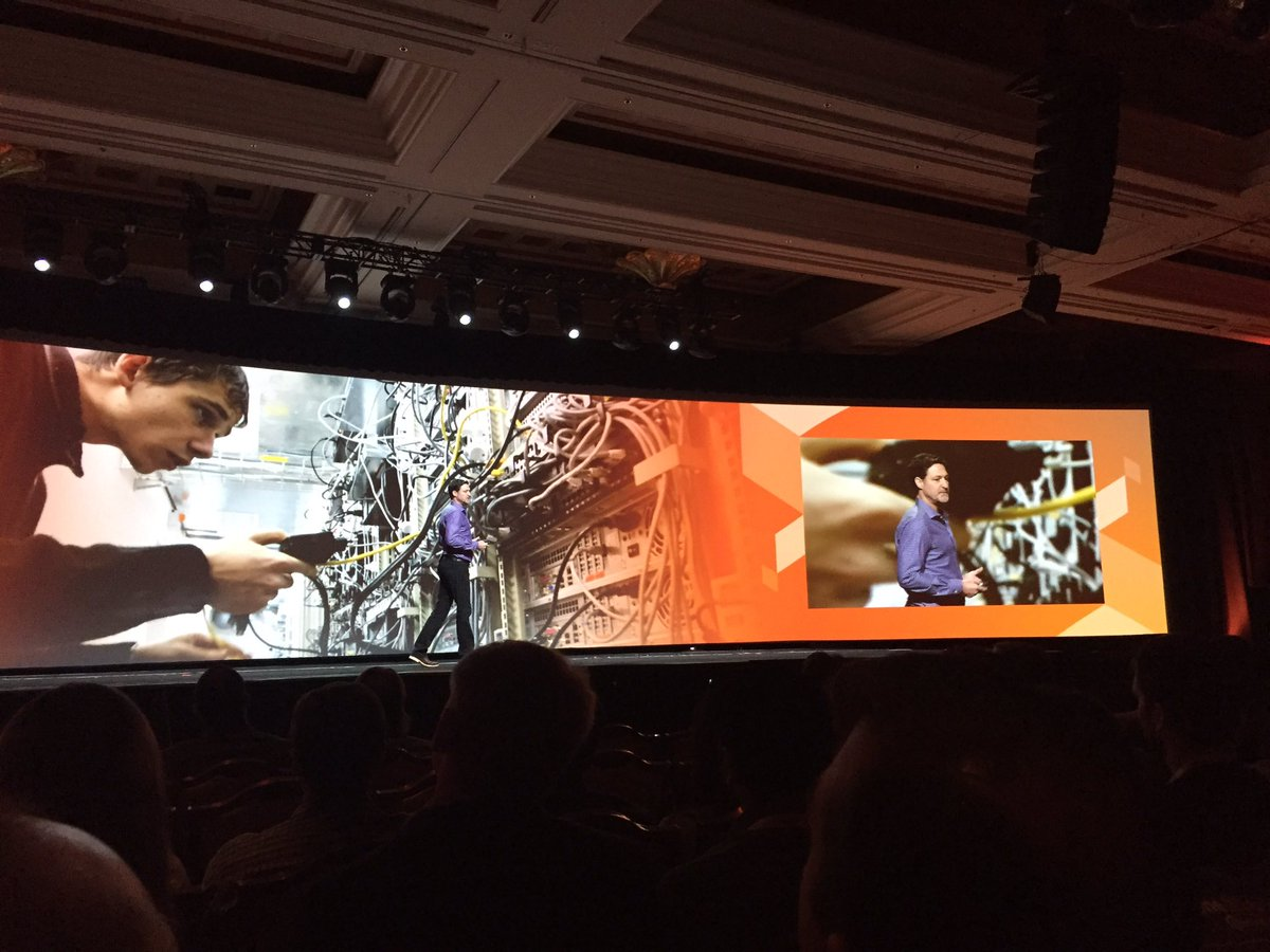 WebShopApps: @mklave1 talking about cloud computing, getting a little technical here #MagentoImagine https://t.co/7tYq8eu6oD
