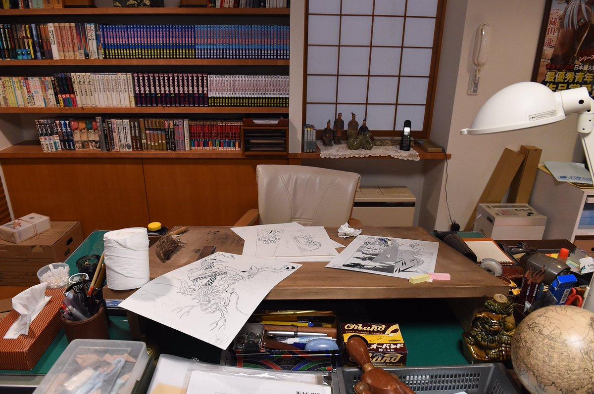 ゆうきさんは昔から小日向文世さんのファンでいらっしゃるので、劇中作を漫画家さんにご協力していただくとなった時に「三蔵山先生はゆうきさんしかいない!」と思いました。ゆうきさん、御快諾くださりありがとうございました!! #重版出来 https://t.co/zkbQn80Iht