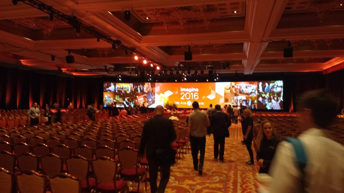 avstudnitz: Impressive. Keynote about to start. #MagentoImagine https://t.co/Wf9zYf8dZK