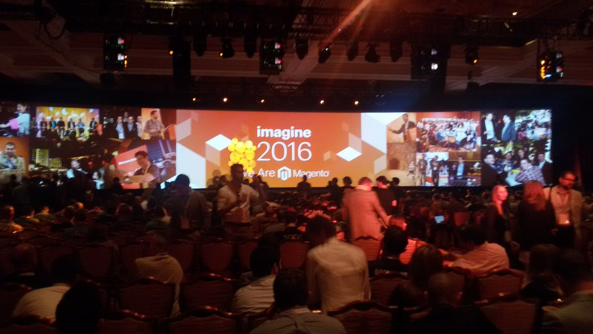 LorenzatoLuca: General session At #MagentoImagine .. ready to start @FiloBlu https://t.co/AqdVWvfINg