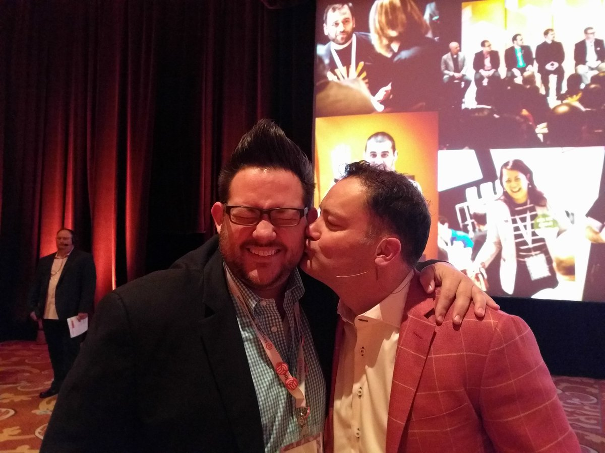 philwinkle: MageLove with @JC_Climbs at #MagentoImagine https://t.co/HwCsVBmUgL