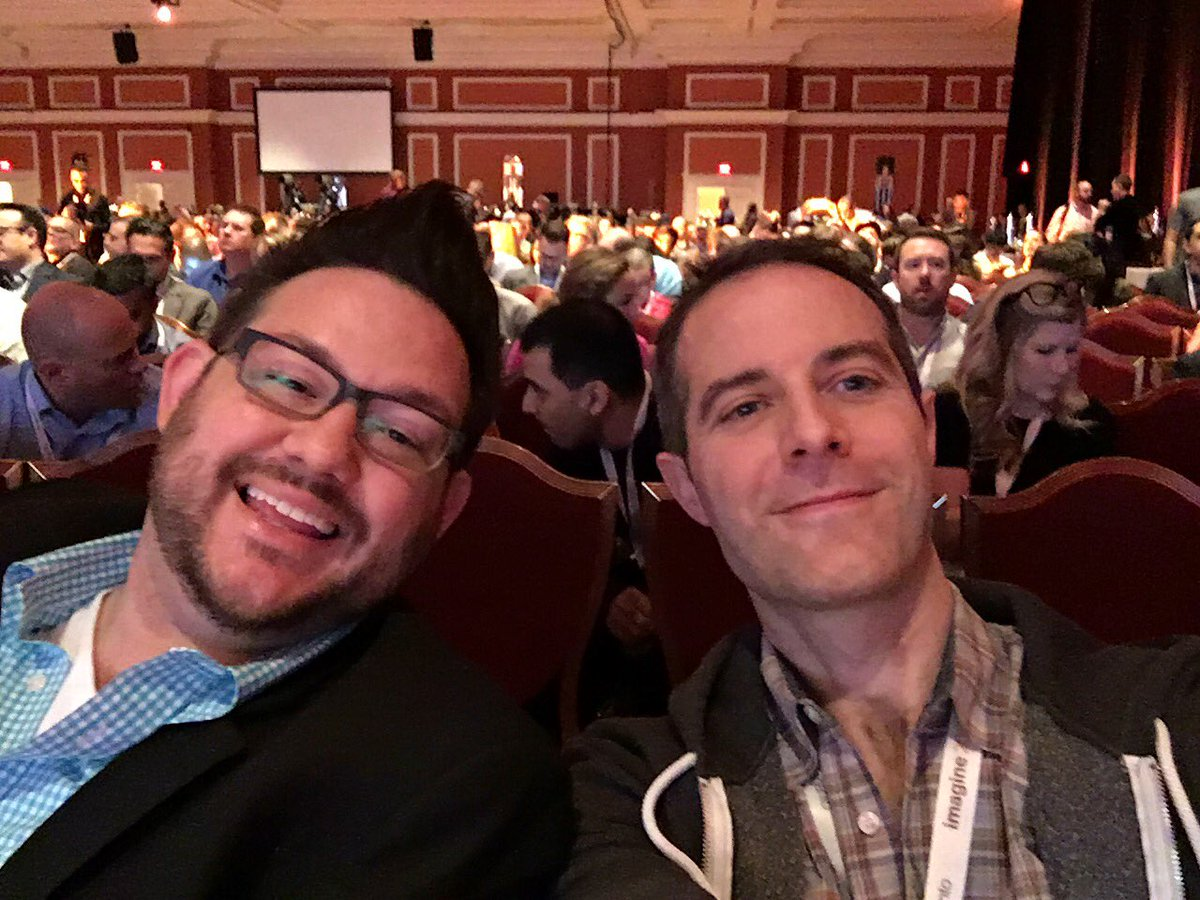VinaiKopp: Enjoying the front row company! #MagentoImagine https://t.co/ooTrijQ8tt