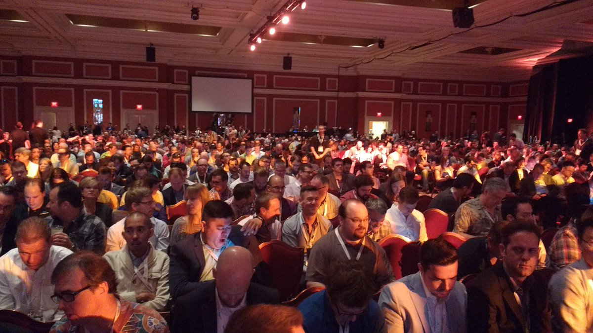 avstudnitz: Crowded room waiting for the start of the keynote #magentoimagine https://t.co/Od1tuNbmCK