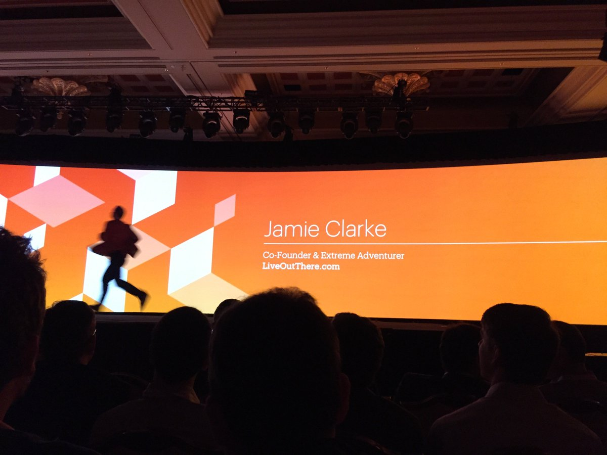 drlrdsen: I don't think the screen is bigger than last year. Is this a bad sign for @magento? ;) #MagentoImagine https://t.co/Si1mE8OciY