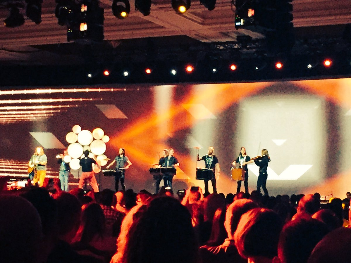 iancassidyweb: Now that's what I call an entrance. #MagentoImagine #magento https://t.co/PHTKTwgWAA