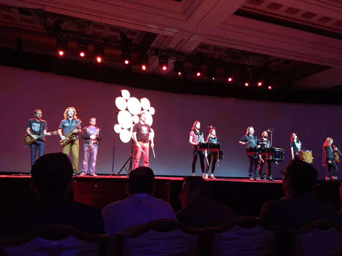 carolynmellor: #MagentoImagine. Cool band to kick off the keynotes https://t.co/9VtjxP2nP1