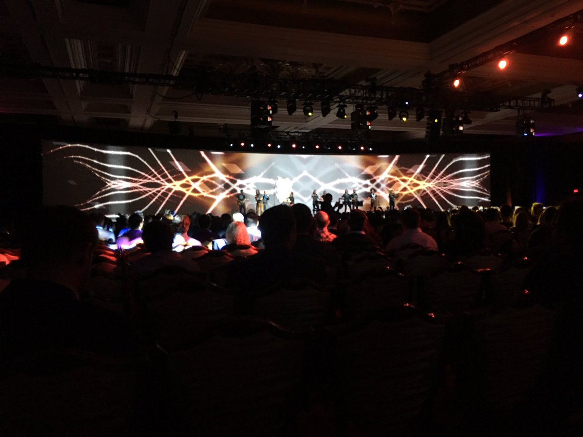 briggsbrandon: Opening Session for #MagentoImagine kicking off. https://t.co/59ImGDVTsq