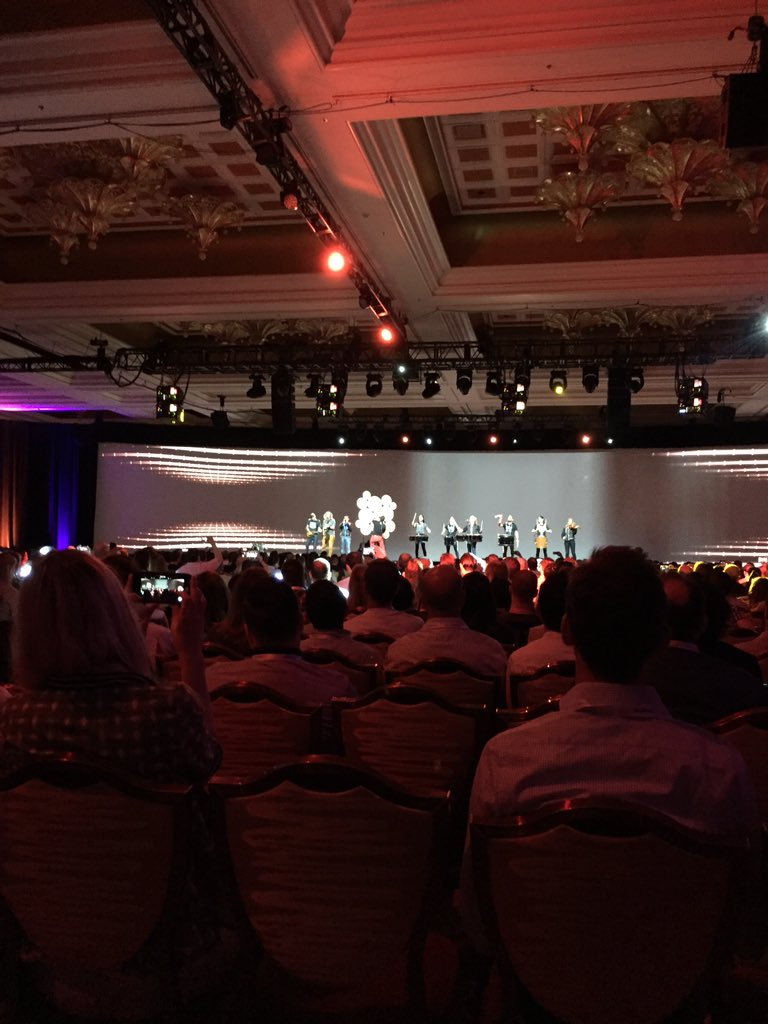 mattdion: Great tunes for the opening keynote! #magentoimagine https://t.co/hvEOyFM36x