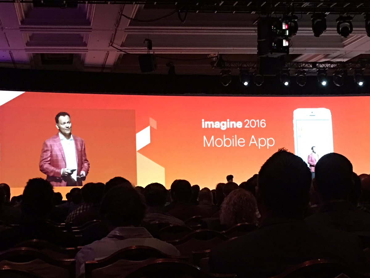 briggsbrandon: #MagentoImagine welcomes back @JC_Climbs as Emcee. https://t.co/245nRmz4eF