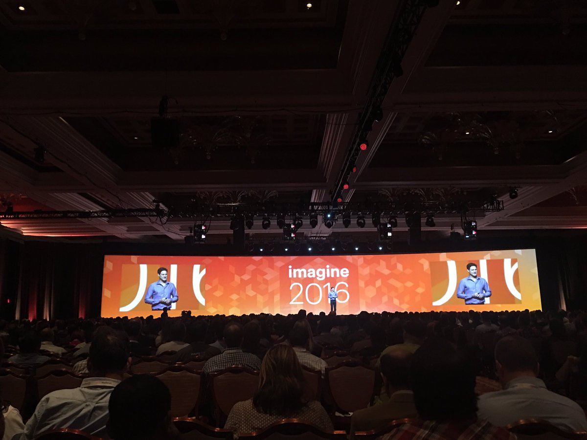 ebizmarts: Now @mklave1 hits the stage at #MagentoImagine rocking @LennyKravitz Are you gonna go my way https://t.co/g0Arq7458A