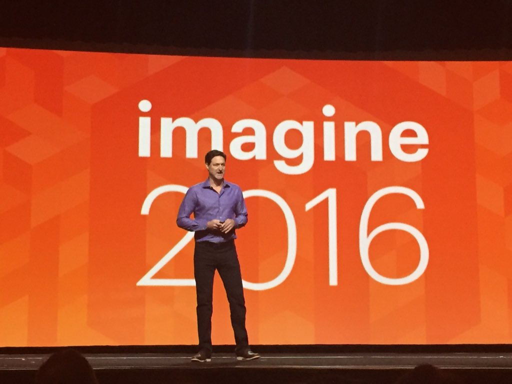D_n_D: @mklave1 on stage #MagentoImagine #WeAreMagento #MagentoisBack https://t.co/3nelwxgvI1
