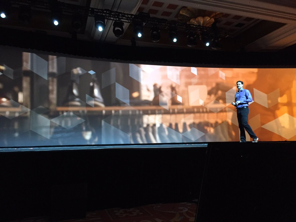 ProductPaul: 'It takes a great vision a great team and the right tools to succeed' @mklave1  #MagentoImagine https://t.co/3BIIWoIDWE