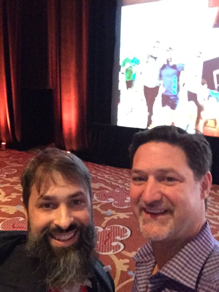 robertDouglass: Posing with @magento CEO @mklave1 in front of our running photo in the background #MagentoImagine @platformsh https://t.co/2zYLz0EUU6