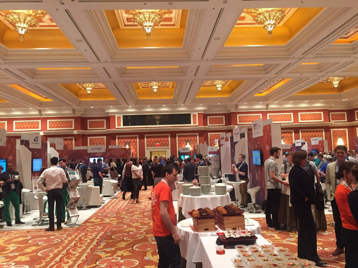 vaimoglobal: Can you spot the Vaimoers at the Marketplace? #MagentoImagine #Vaimo #Imagine2016 https://t.co/pWK83Q2PaV