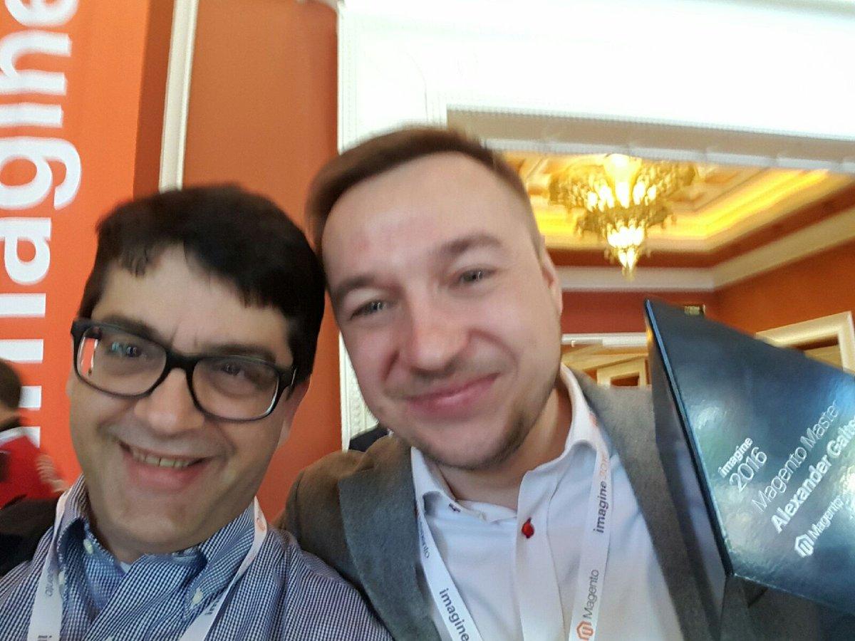 SandeeHart: @paradoxlabs Brett ' s first selfie with Alexander Galtsow #MagentoImagine #magento https://t.co/bVA3dsvGwg