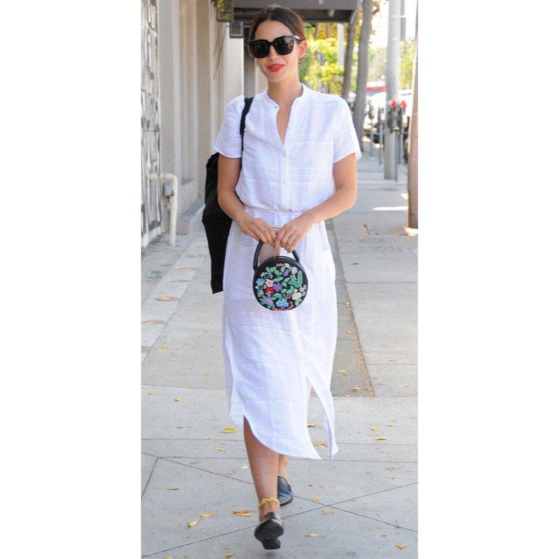 @LilyAldridge looking chic with our Ciatta Mini Bag!