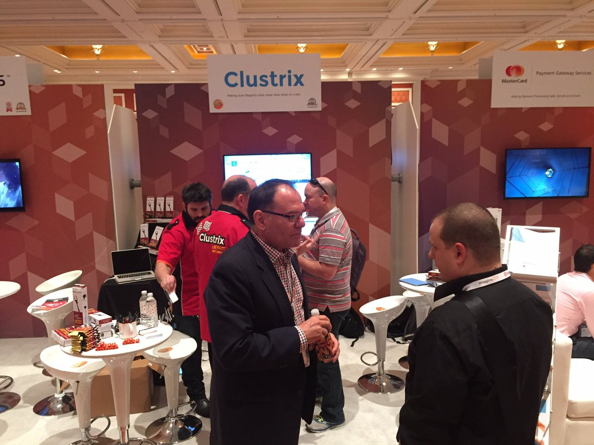 Clustrix: A glimpse of some booth traffic at #MagentoImagine. https://t.co/V6NYjbZuuw