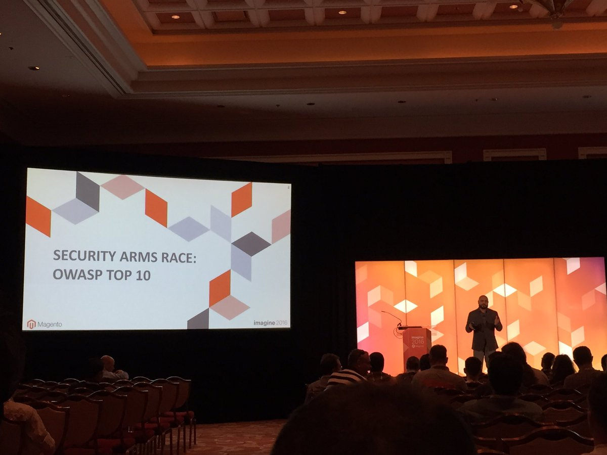magento_rich: .@_Talesh about to start his session on security. #MagentoImagine https://t.co/29CNtiIFyY