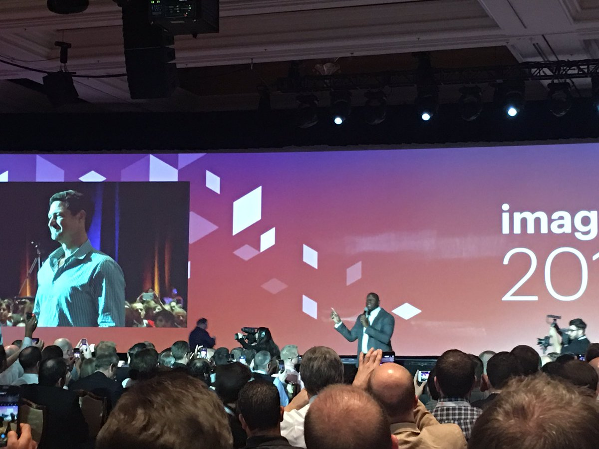 ebizmarts: There you go, the great and only @MagicJohnson hits the stage at #MagentoImagine! https://t.co/uimeKjH9cQ