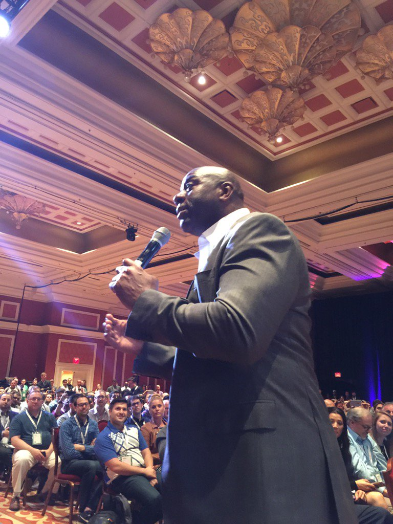 jjofriends: Up close and personal with Magic Johnson! @pixafy #MagentoImagine https://t.co/F9k9QckpTO