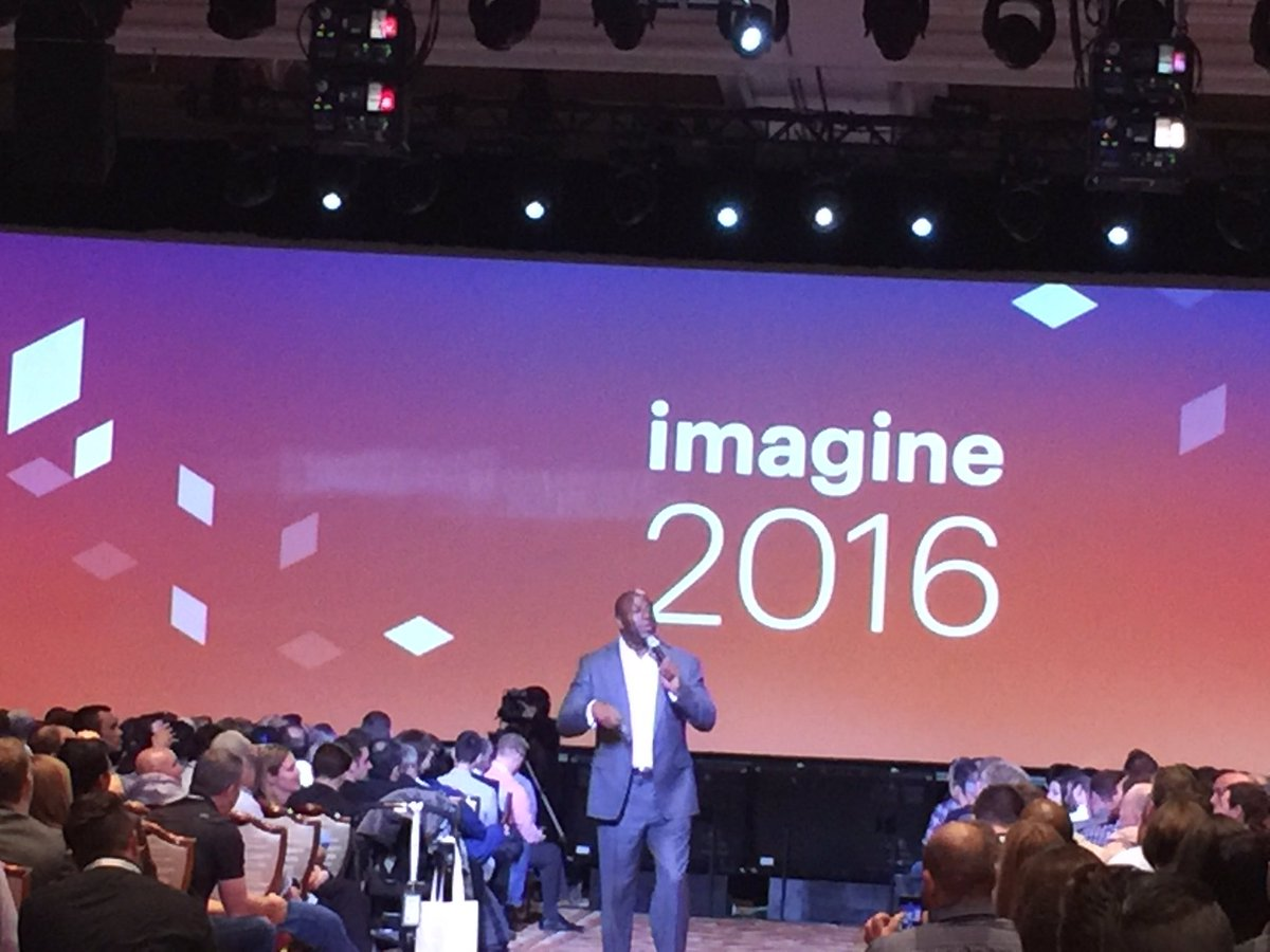 lindykyaw: Yeh @MagicJohnson at #MagentoImagine https://t.co/ysTxn0auf6